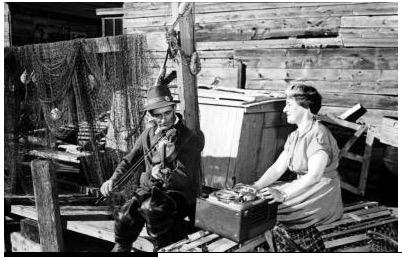 Helen Creighton and Edmund Henneberry, Devil's Island c.1950